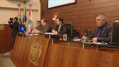Empresário alvo de CPI do aniversário de Florianópolis é ouvido em sessão na Câmara - Empresário alvo de CPI do aniversário de Florianópolis é ouvido em sessão na Câmara