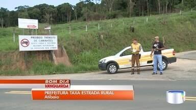 Prefeitura de Atibaia cobra taxa de caminhoneiros em estrada na zona rural - Objetivo é melhorar o trânsito e reduzir a evasão do pedágio da Dom Pedro I.
