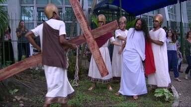 Paixão de Cristo - Encenação na Lagoa e procissão no centro do Rio