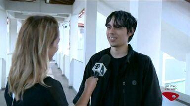 Ao trabalho: jovem empreendedor do ES dá palestra no Sul do ES - Jovem desenvolveu um game e conseguiu emprego no Canadá.