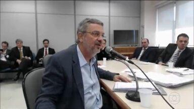 Palocci oferece a Moro informações para mais um ano de Lava Jato - O ex-ministro prestou depoimento ao juiz Sergio Moro na ação que apura se ele favoreceu a Odebrecht. Palocci admitiu o uso de Caixa 2 em campanhas políticas e negou ter recebido propina em favor da Odebrecht durante os governos Lula e Dilma.