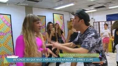 Carol Paixão faz aula de dance clipe com famosas - As aulas de Justin Neto bombam ensinando coreografias de hits