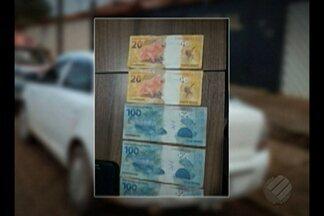 Em Altamira, quatro pessoas foram presas porque estariam passando notas falsas de real - Com eles foram encontradas 5 notas falsas de R$ 100 e duas de R$ 20.