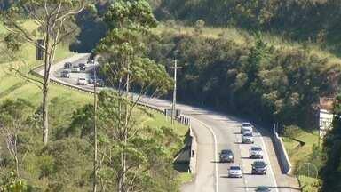 Movimento na BR-040 é intenso nesta sexta-feira - Motoristas foram flagrados acima da velocidade.