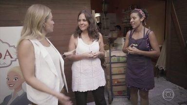 Angélica faz trabalho voluntário em São Paulo - A apresentadora ajuda a distribuir alimentos