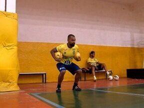 Time de futsal de Dracena se prepara para enfrentar o Guará Futsal - Equipe embarca para a Guaratinguetá na quarta-feira (26).