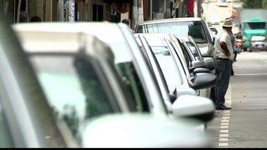 Multa triplica para quem estaciona em vagas de idosos e deficientes em Colatina, ES - Multa triplica para quem estaciona em vagas de idosos e deficientes em Colatina.