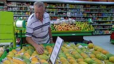Frutas da estação fazem aumentar as vendas nos supermercados e hortifrutis do Sul do Rio - Tangerina e caqui são algumas delas.