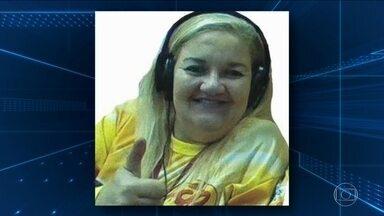 Morre radialista que foi atingida por carro alegórico durante desfile no Rio - Elizabeth Jofre, a Liza Carioca, estava internada havia dois meses. Outras 22 pessoas foram atropeladas pelo carro alegórico da Paraíso do Tuiuti.