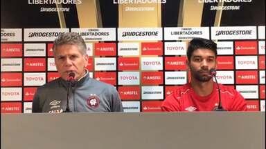 """""""Vivemos este jogo de quarta já no domingo"""", diz Paulo Autuori, do Atlético-PR - """"Vivemos este jogo de quarta já no domingo"""", diz Paulo Autuori, do Atlético-PR"""