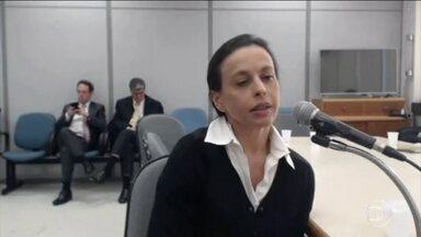 Ex-secretária diz que Adriana Ancelmo recebia propina em seu escritório - Segundo a ex-secretária, mochilas com dinheiro vivo eram entregues no escritório da mulher de Sérgio Cabral. Os valores eram de R$ 200 a R$ 300 mil semanais.