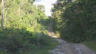 A morte de três pessoas em Vilhena pode ter acontecido por disputa de terra diz Polícia - A Polícia Civil confirmou que a morte de três pessoas na Zona Rural de Vilhena no fim de semana pode ter sido motivado por conflitos agrários.