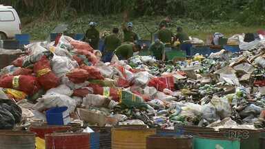 Aumenta em 8 vezes o volume de material reciclável coletado em Maringá - A coleta seletiva foi intensificada para todos os bairros há dois meses.