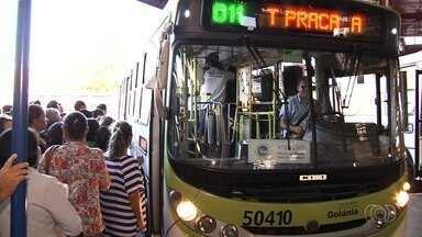 Passageiros reclamam das condições dos ônibus e questionam novo reajuste - Passagens podem aumentar para R$ 4 na Grande Goiânia.