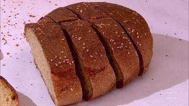 Italianos redescobrem antigo grão de trigo, que produz pão mais saudável - Grão de tumminía tem glúten diferente, rico em fibras e com índice glicêmico mais baixo. Pão é leve, saboroso e mais digestivo do que o pão comum.