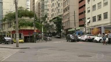 Tiroteio na Ladeira Tabajaras apavora moradores do Copacabana - Quem mora e trabalha no bairro diz que os confrontos voltaram a acontecer com frequência