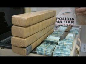 Duas mulheres são presas com seis quilos de maconha e R$ 98 mil em Valadares - Elas já estão no presídio da cidade.