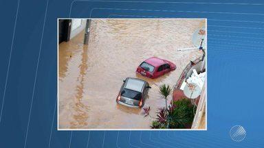 Telespectadores enviam imagens dos efeitos da chuva em Salvador - A chuva teve maior intensidade no centro e em algumas principais avenidas; confira na cobertura do BMD.