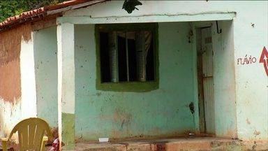 Chacina mata seis pessoas dentro de casa, enquanto jantavam, no RN - Segundo a polícia, pelo menos quatro homens armados invadiram a casa e mataram a tiros cinco homens e uma mulher.