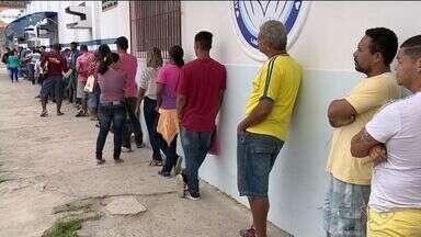 Desemprego estimula busca de novos trabalhos em Linhares, ES - Município já registrou mais de 3,4 mil pedidos de seguro-desemprego.