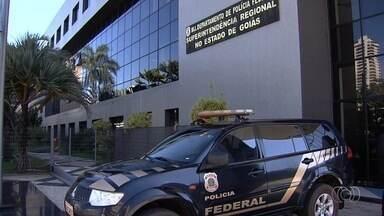 Polícia Federal prende 14 suspeitos de fraudar seguro desemprego em Goiás - Detidos são trabalhadores ou ex-funcionários do Sistema Nacional do Emprego (Sine).