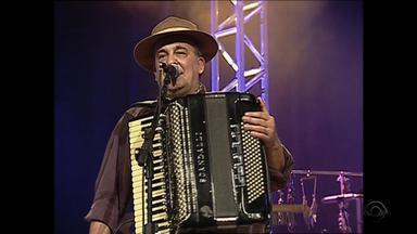 Luiz Carlos Borges e João de Almeida Neto tocam 'Florêncio Guerra' no Arquivos do Galpão - Assista ao vídeo.