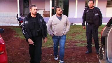 Vereador de Quedas do Iguaçu deixa a PIC de Cascavel - Ele estava preso desde novembro do ano passado suspeito de participar de uma quadrilha que atuava em assentamentos do MST, na região oeste.