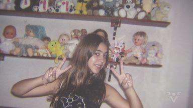 Morte da adolescente Emily, em São Vicente, completa 10 anos - Jovem morreu por causa de uma máquina fotográfica.