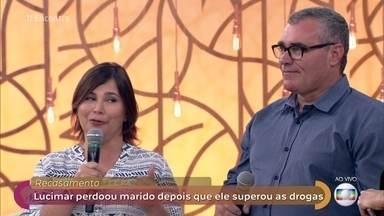 Lucimar e Marcio recasaram após 7 anos de separação - O casal conseguiu superar os problemas causados pela dependência em drogas e se reconciliou