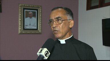 Diocese de Campina Grande elege novo administrador diocesano - Eleito é o padre Aparecido Francisco Camargo, que assume cargo até que novo bispo seja nomeado pelo Papa Francisco.