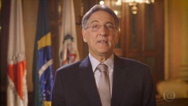 Fernando Pimentel contesta ministro sobre negociação de contas com a União - Governador de Minas Gerais divulgou vídeo em rede social em resposta ao ministro da Fazenda, Henrique Meirelles.