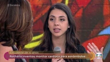 Estudante de 17 anos inventou monitor cardíaco para sonâmbulo - Nathália explica como funciona o aparelho que pode evitar acidentes causados por sonambulismo. Ela desenvolveu o projeto de iniciação científica com o apoio de professores de sua escola estadual de São Paulo
