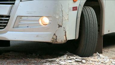 Frota de transporte alternativo está em péssimas condições em São Luís - Veículos antigos, pneus carecas e em péssimas condições são alguns dos problemas encontrados nesse tipo de transporte.