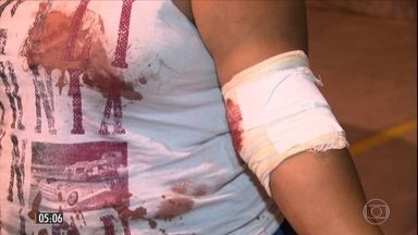 Jovem de 18 anos, mãe de um bebê de 9 meses, morre vítima de bala perdida no RJ - Essa é a segunda morte por bala perdida registrada em três dias na cidade. A moça será enterrada nesta sexta-feira (26).