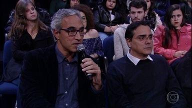 Pedro Bial apresenta paciente que utiliza Canabidiol para fins medicinais - Alexandre Meirelles explica que recebeu autorização para tratar epilepsia do filho Gabriel