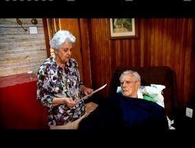Atenção das famílias é essencial para idosos com Azheimer tratados em casa ou em asilos - Veja a segunda reportagem da série especial sobre o tema.