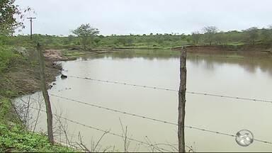 Fortes chuvas enchem açudes na zona rural de Caruaru - Vários açudes da região estão cheios.