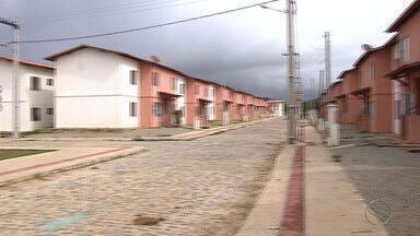 Famílias desocupam Residencial Vila Nova no Bairro Santa Maria - Famílias desocupam Residencial Vila Nova no Bairro Santa Maria.
