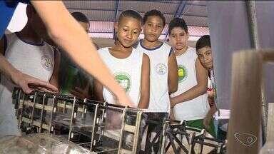 Feira sobre meio ambiente leva aprendizado a alunos em Conceição da Barra, ES - Evento segue até sexta-feira (2), no Ginásio Municipal de Esportes.