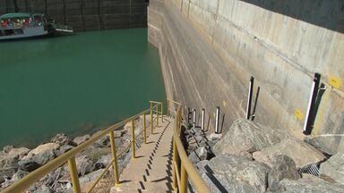 Chesf diminui vazão da barragem do Sobradinho e atinge nível histórico - Nível de água nunca esteve tão baixo por lá.