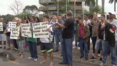 Servidores municipais decidem suspender greve em Praia Grande - Paralisação demorou menos de 24 horas.