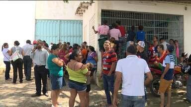 Rebelião no lar do garoto em Lagoa Seca - Sete adolescentes morreram, dezessete fugiram e dois ficaram feridos.