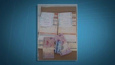 Rapper do Recanto das Emas paga contas que encontrou na rua com dinheiro - Rapper do Recanto das Emas paga contas que encontrou na rua com dinheiro.