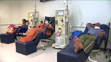 Falta de vagas para hemodiálise é um drama para doentes renais de várias regiões do Brasil - Em Sergipe são apenas cinco clínicas para atender cerca de 1,2 mil doentes renais crônicos. Mesmo quem consegue um transplante enfrenta a dificuldade pra fazer o acompanhamento necessário.