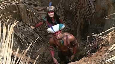 Jacira prepara armadilha para o índio Piatã - Veja como foi a gravação desta cena de 'Novo Mundo'