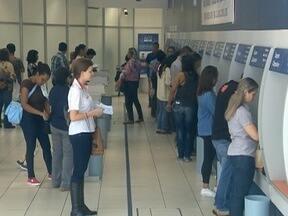 Mais de 8 mil trabalhadores do Oeste Paulista ainda não sacaram o PIS - Prazo para retirar o benefício termina neste mês.