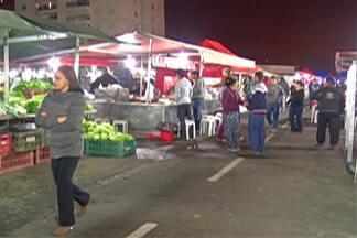 Feiras noturnas ganham adeptos no Alto Tietê - São boas opções para quem quiser comprar alimentos frescos e não consegue ir as feiras durante o dia.