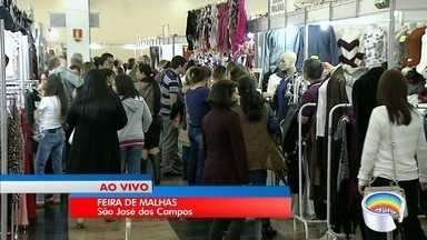 Expositores de feira de malhas esperam vendes bastante no feriado prolongado - Expectativa é que 40 mil pessoas passem pelo local até domingo.