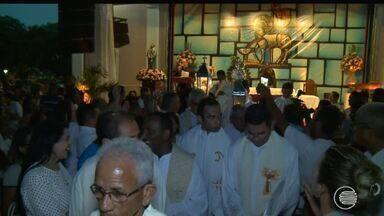 Católicos celebram missa e procissão de Corpus Christi - Católicos celebram missa e procissão de Corpus Christi