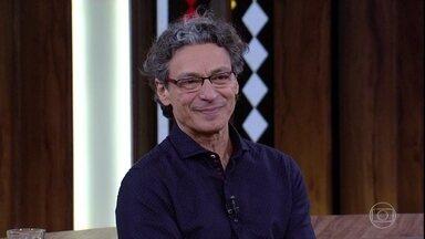 Luiz Carlos Vasconcelos fala sobre espetáculo em homenagem a Ariano Suassuna - Ator afirma que escritor era um palhaço exemplar